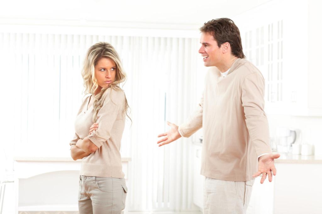 Если жена согласна на развод и собирается прийти в суд лично, можно обойтись без ее нотариального согласия? — юридические советы
