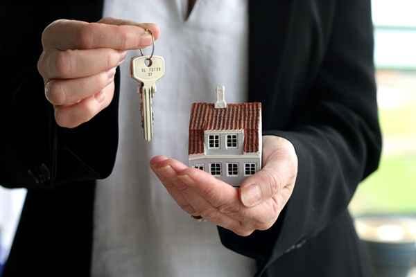 Как переоформить квартиру после смерти владельца